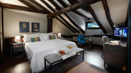 Double or Twin Room Iriarte Jauregia 2