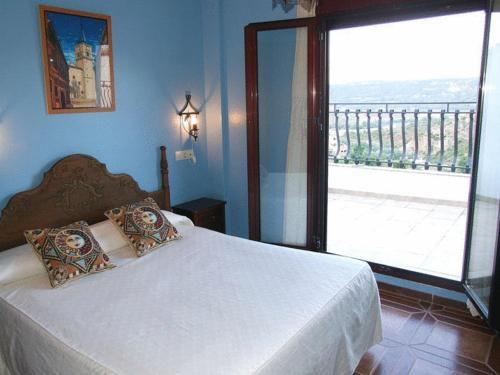 Apartamentos El Rincon De Piedra Hotel Enguidanos Low Rates No Booking Fees