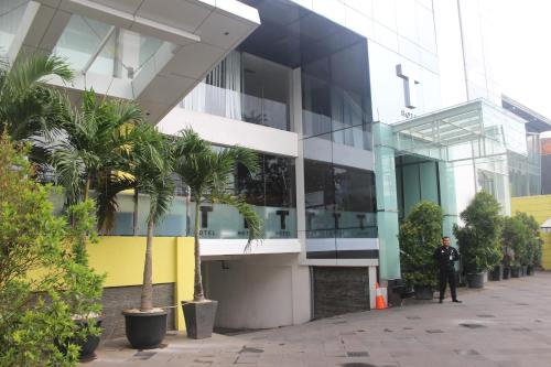 T Hotel Jakarta front view