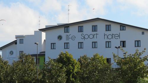 foto Life Sport Hotel (Monterotondo)