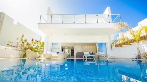 Oceanview Villa 100, Protaras