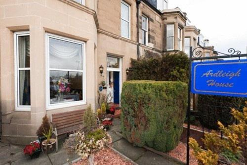Photo of Ardleigh Guest House Hotel Bed and Breakfast Accommodation in Edinburgh Edinburgh