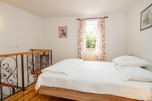 Apartment Kalajžic Žeževica