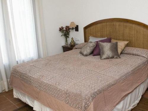 Double or Twin Room with Balcony and Sea View Hotel Sindhura 3