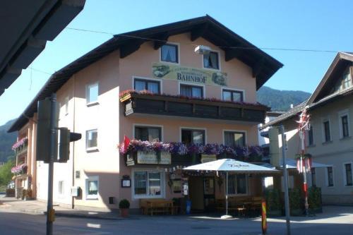 Gasthof Wildsch�nauer Bahnhof