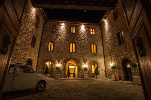 Castello La Leccia - 1 of 44