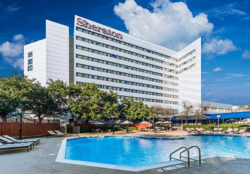 Sheraton North Houston At George Bush Intercontinental TX, 77032
