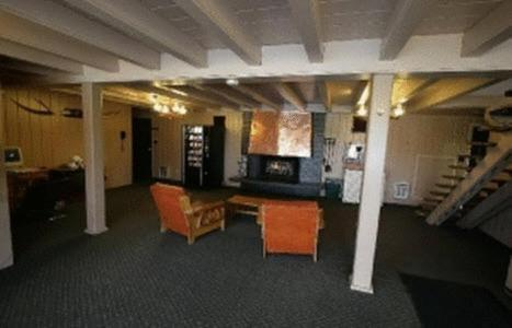 Photo of Budget Inn Express Grand Forks Hotel Bed and Breakfast Accommodation in Grand Forks North Dakota