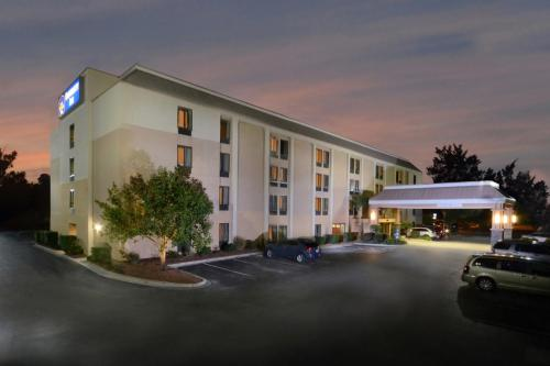 Picture of Best Western Plus University Inn
