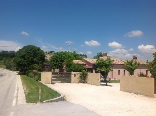 Al Massimo Country House - Castelplanio - prenotazione on-line ...