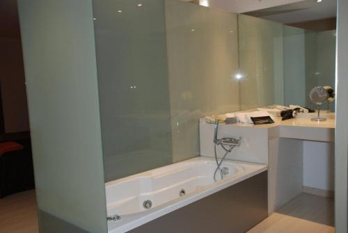 Doppel- oder Zweibettzimmer - Einzelnutzung Posada Real La Pascasia 3