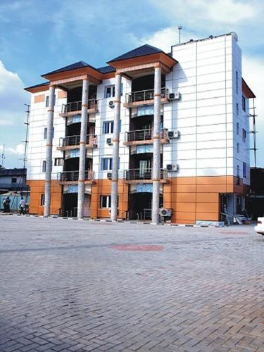 R and A City Hotel Ikeja