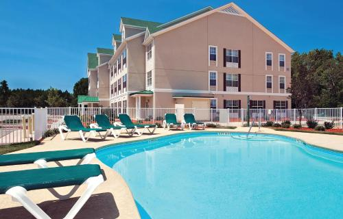 Picture of Country Inn and Suites Aiken