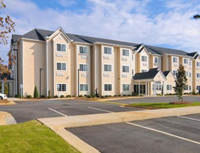 Photo of Microtel Inn & Suites - Ozark Hotel Bed and Breakfast Accommodation in Plainview Alabama