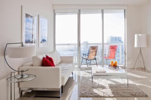 Sky City Apartments At Brickell Bay