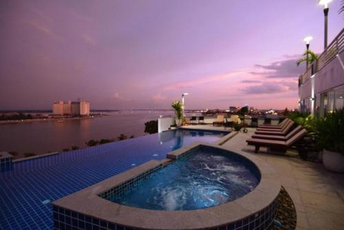 Harmony Phnom Penh Hotel, Phnom Penh