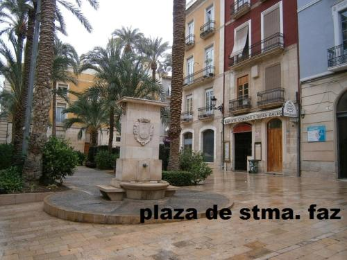 Apartamentos santa faz by be alicante book online bed breakfast europe - Apartamentos valencia booking ...