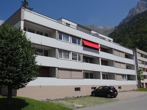 Two-Bedroom Apartment in Engelberg 4