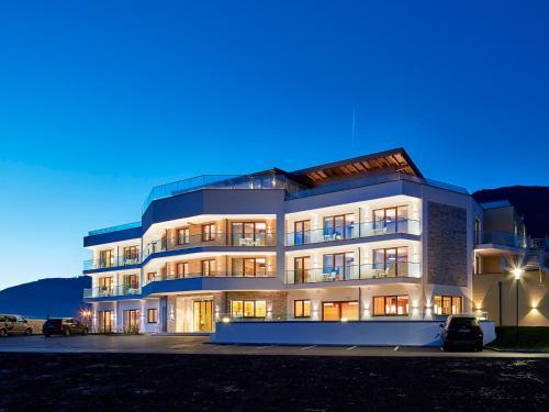Отель Sonja Alpine Resort 4 звезды Австрия