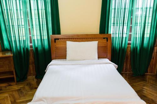 Phong Lan Villa