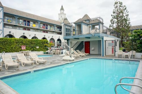 Castle Inn and Suites Anaheim - Promo Code Details
