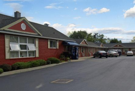 Photo of Boulevard Inn Hotel Bed and Breakfast Accommodation in Amherst New York