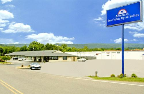 Photo of Americas Best Value Inn Dayton Hotel Bed and Breakfast Accommodation in Dayton Tennessee