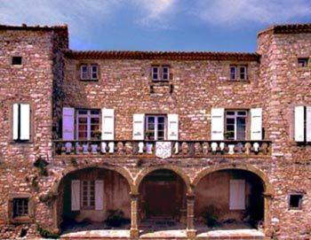 Villa in Aragon