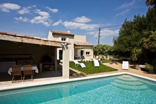 Villa in Charleval
