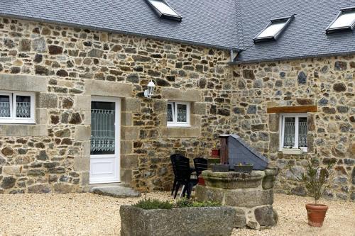 Villa in Plusquellec II