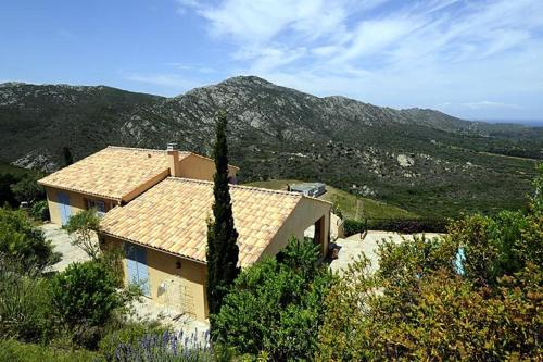 Villa in Saint Florent And The North Ea VII