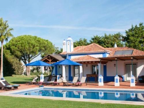 Villa in Olhos De Agua III Olhos De Agua Algarve Portogallo