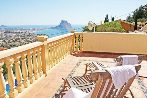 Apartment with views, pool in Calpe