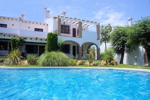 Piscina Apartment with terrace, near the beach in Denia