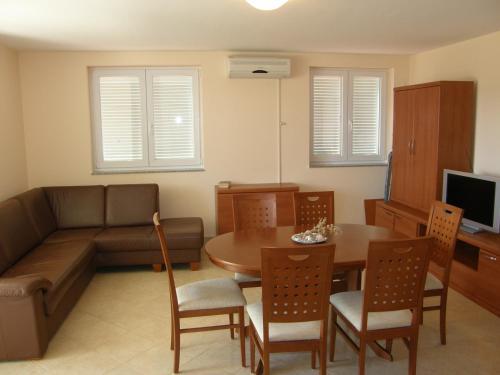 Apartments Knezevic/Pavlic/Smokvina
