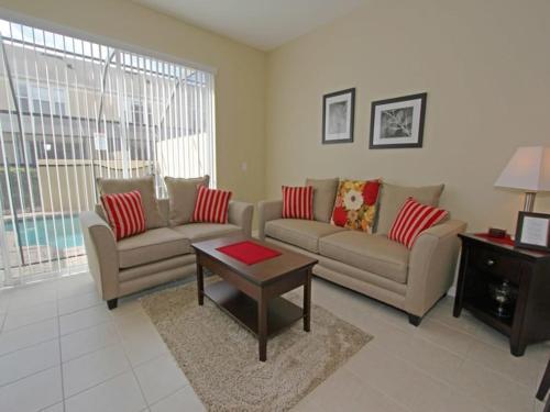 RedAwning Otterspool Street Apartment 4