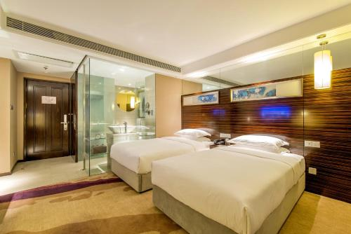 Business Twin Room B