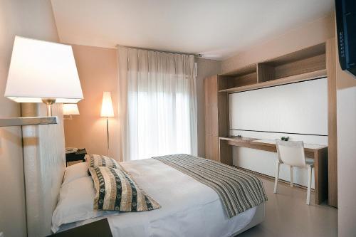 Hotel Carla Levanto Hotel Vicino Alle Cinque Terre Levanto Sp