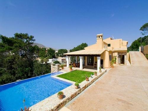 Отель Villa in Cala San Vicente V 0 звёзд Испания