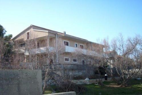 Apartment in Nin II