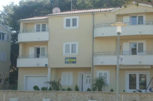 Apartment in Petrcane IV