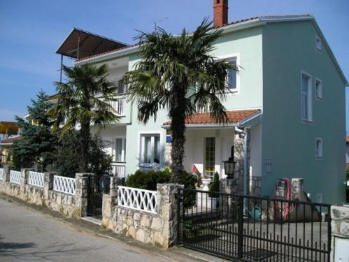 Apartment in Pjescana Uvala-Pula II
