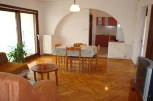 Apartment in Pula-Banjole I