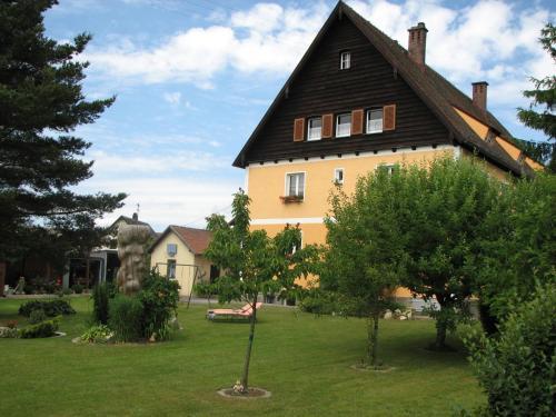 Отель Ferienwohnung Zetzl 4 звезды Германия