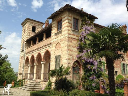 foto Castello Di Frassinello (Vignale Monferrato)