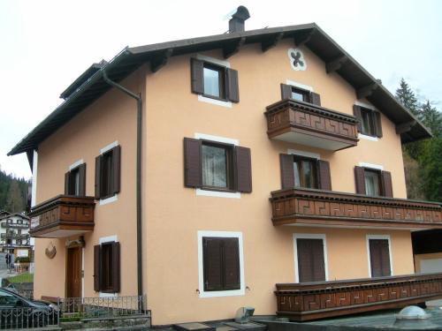 foto Casa Cimone (Passo Rolle)