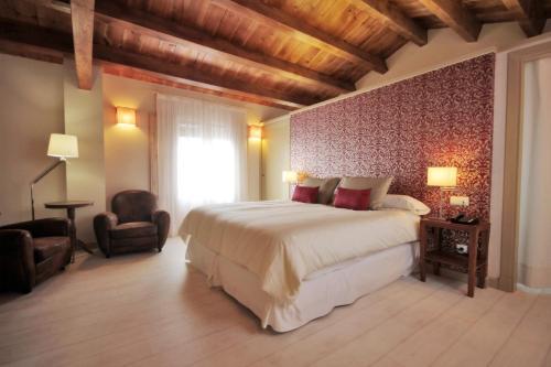 Habitación Doble Superior con vistas al jardín - 1 o 2 camas Hotel El Convent 1613 5