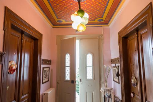 Vogiatzopoulou Guesthouse - Agios Georgios Nilias Greece