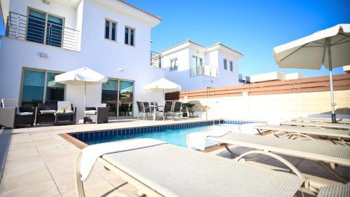 Oceanview Villa 142