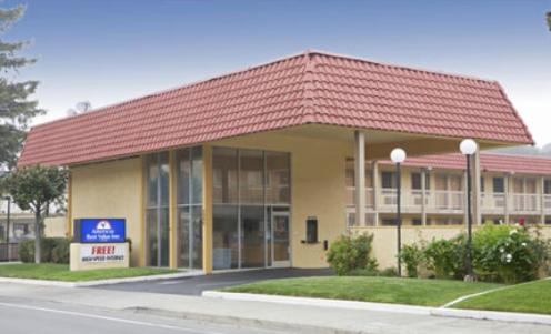 Photo of Americas Best Value Inn Martinez Hotel Bed and Breakfast Accommodation in Martinez California